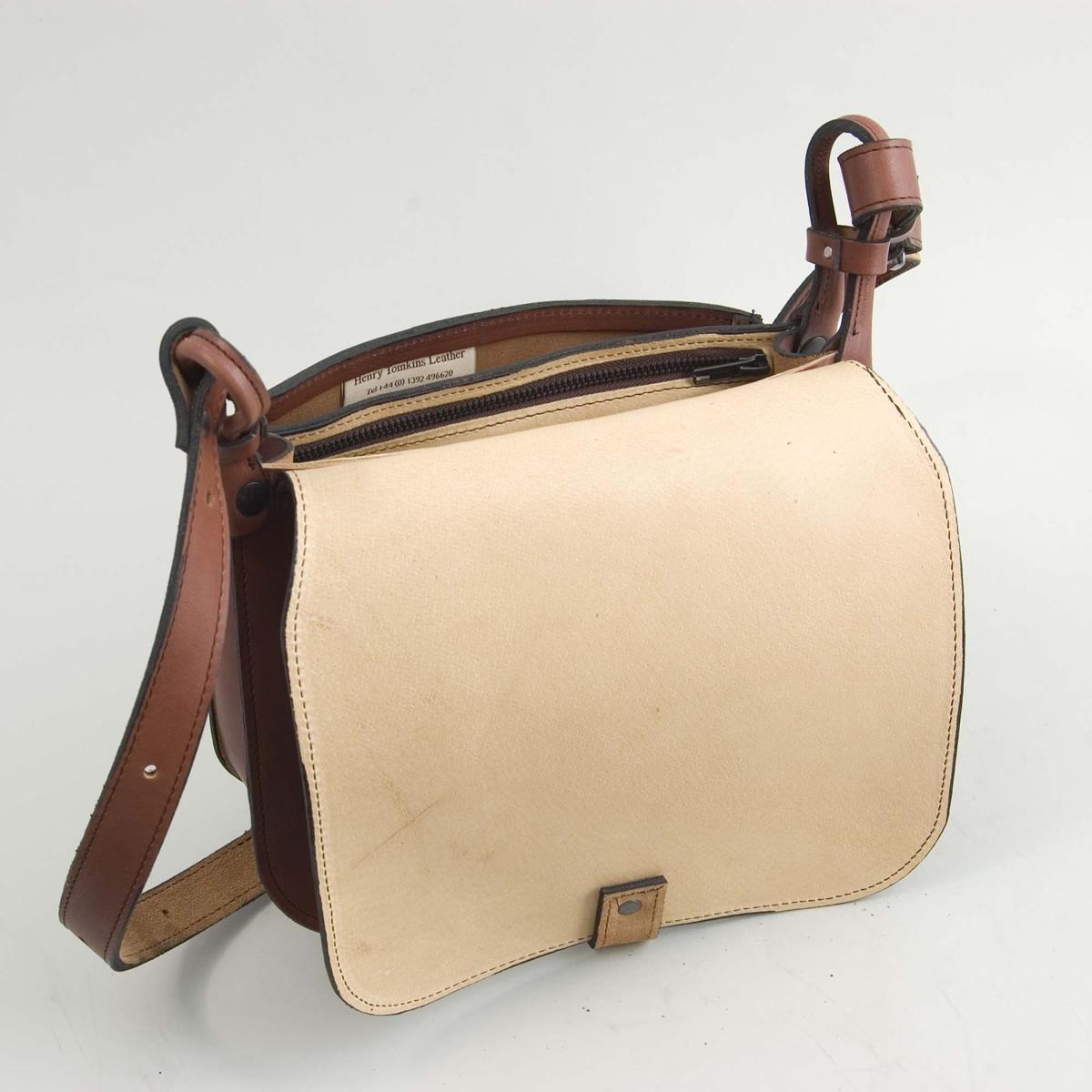 The Hunter Bag - Inside